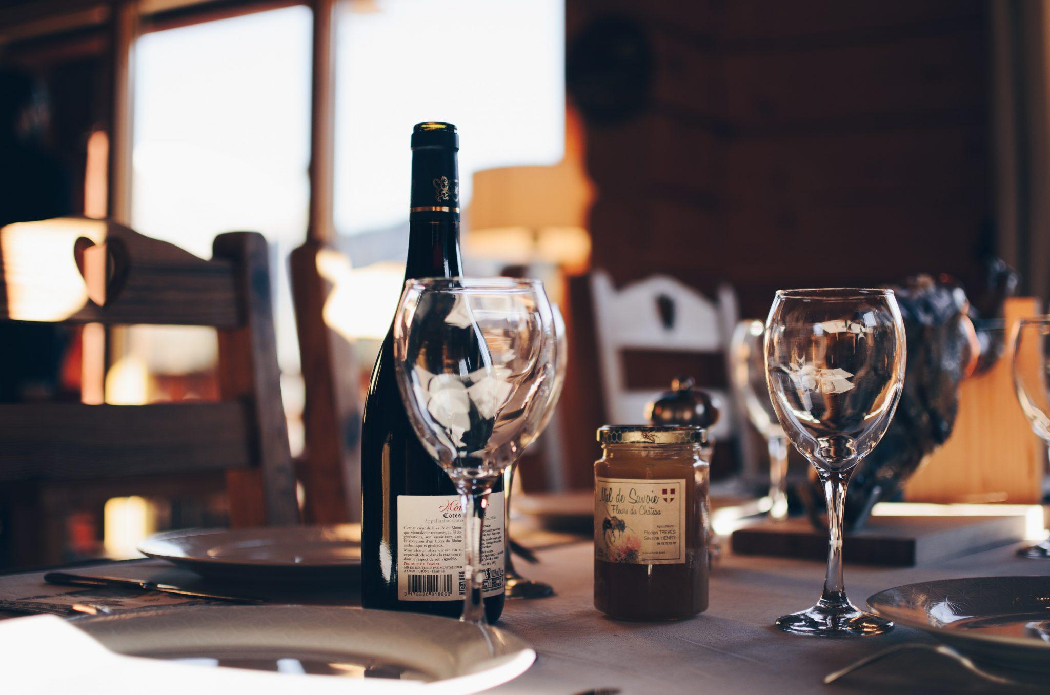 Restaurants that carry Century Farm Wine